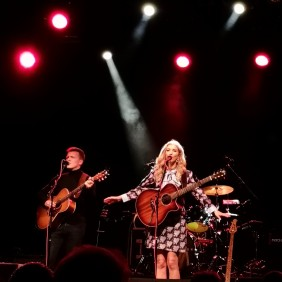 Sarah Darling Live
